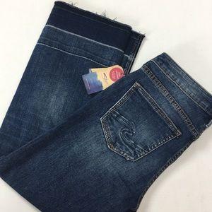 NWT Izzy Silver Jeans Blue Denim Crop Wide Leg